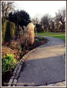 path to Pembroke Lodge