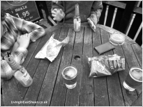 Crisps and drinks ~ heaven!